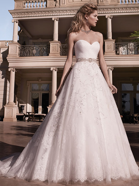 2136 gown from the 2010 Casablanca Bridal collection, as seen on dressfinder.ca
