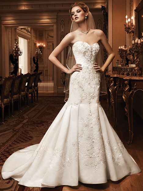 2124 gown from the 2010 Casablanca Bridal collection, as seen on dressfinder.ca