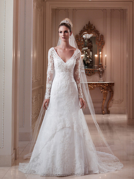 2079 Wedding dress by Casablanca Bridal