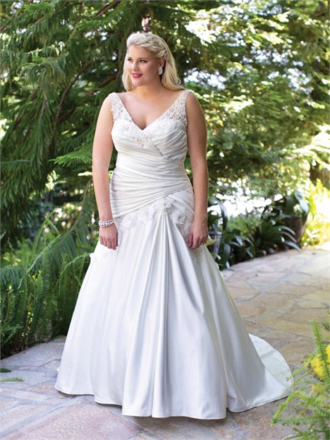 3367 Wedding                                          dress by Femme by Kenneth Winston