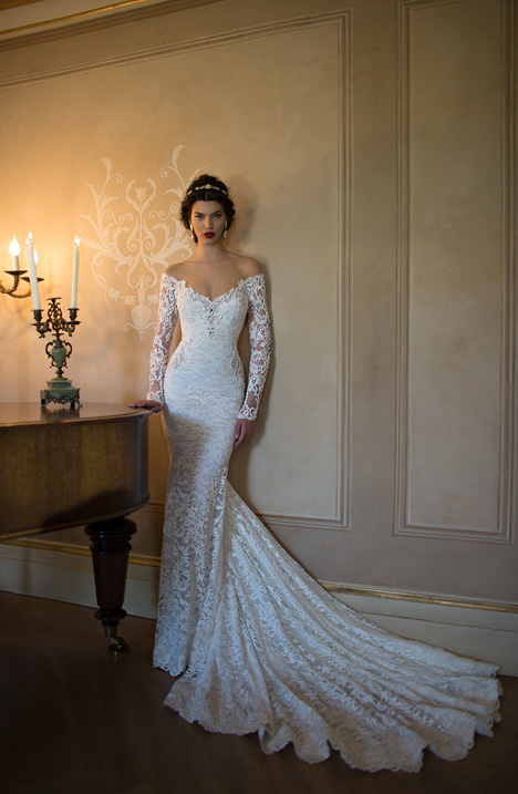 Style 15-12 gown from the 2015 Berta Bridal collection, as seen on dressfinder.ca