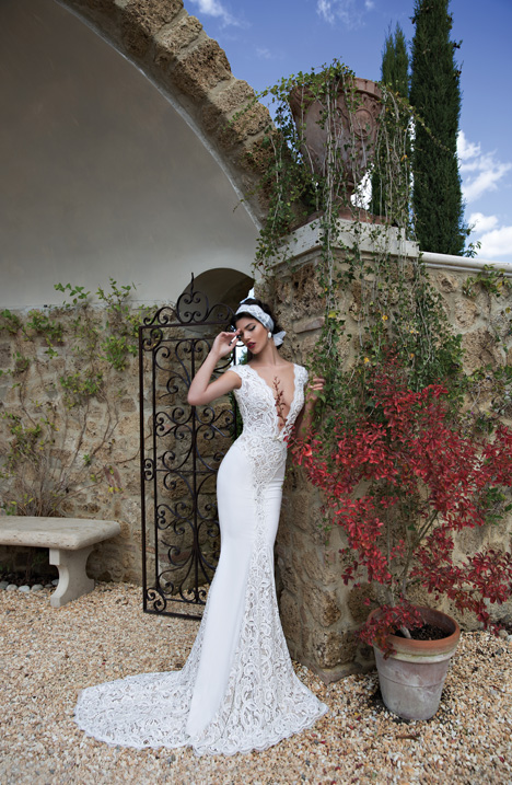Style 15-15 gown from the 2015 Berta Bridal collection, as seen on dressfinder.ca