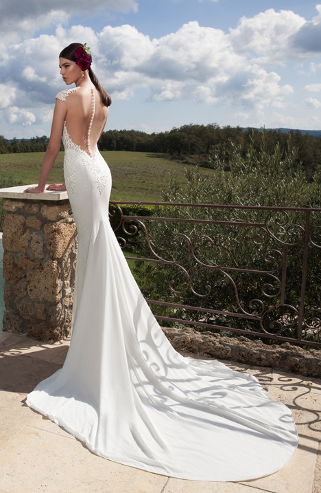 Style 15-19 gown from the 2015 Berta Bridal collection, as seen on dressfinder.ca