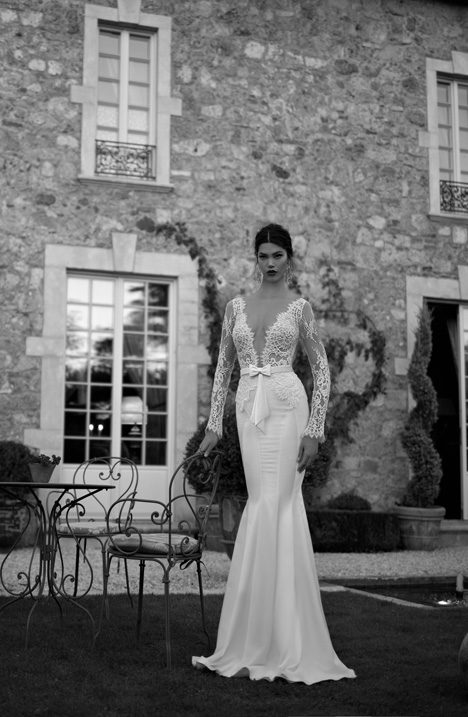 Style 15-22 gown from the 2015 Berta Bridal collection, as seen on dressfinder.ca