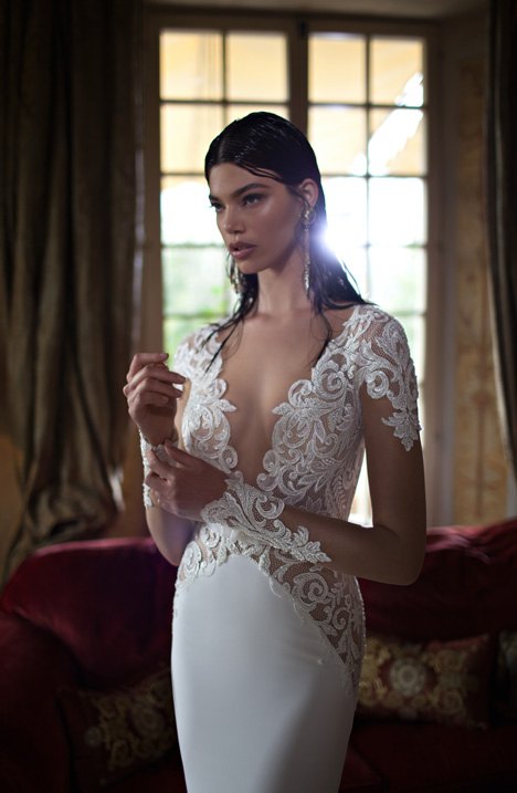 Style 15-24 gown from the 2015 Berta Bridal collection, as seen on dressfinder.ca