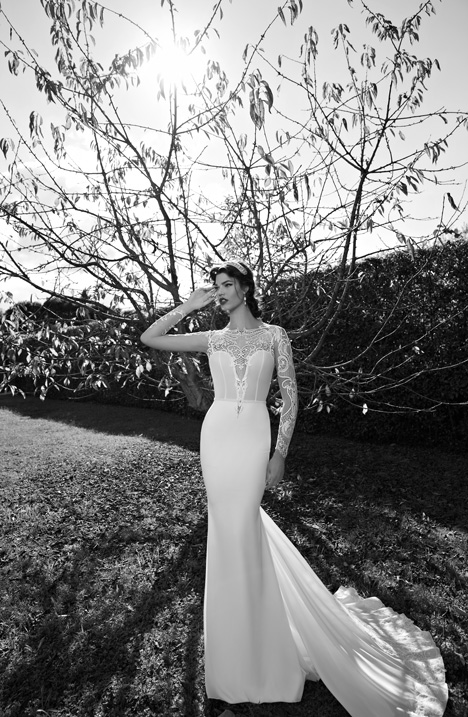 Style 15-26 gown from the 2015 Berta Bridal collection, as seen on dressfinder.ca