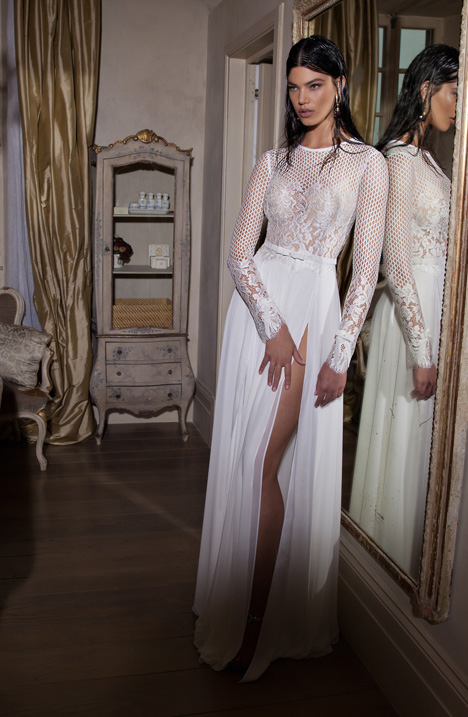 15-17 gown from the 2015 Berta Bridal collection, as seen on dressfinder.ca