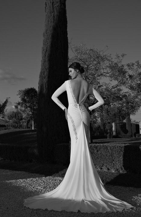 Style 15-14 gown from the 2015 Berta Bridal collection, as seen on dressfinder.ca