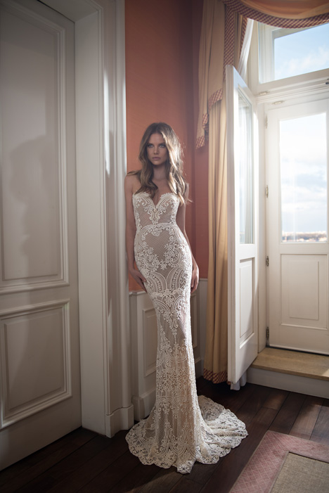 Style 15-109 gown from the 2015 Berta Bridal collection, as seen on dressfinder.ca