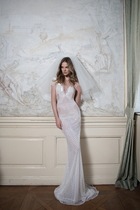 Style 15-120 gown from the 2015 Berta Bridal collection, as seen on dressfinder.ca