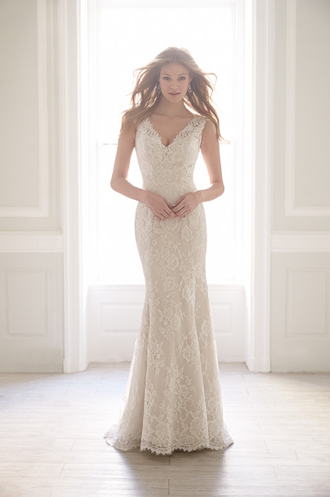 MJ152 gown from the 2015 Madison James collection, as seen on dressfinder.ca