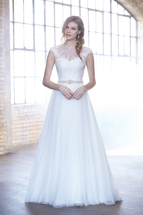 MJ167 Wedding                                          dress by Madison James