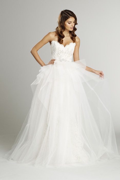 9553 + S552 Overskirt Wedding                                          dress by Alvina Valenta