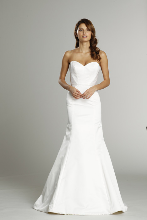 9554 Wedding                                          dress by Alvina Valenta