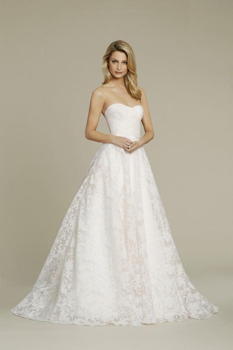 8556 Wedding                                          dress by Jim Hjelm