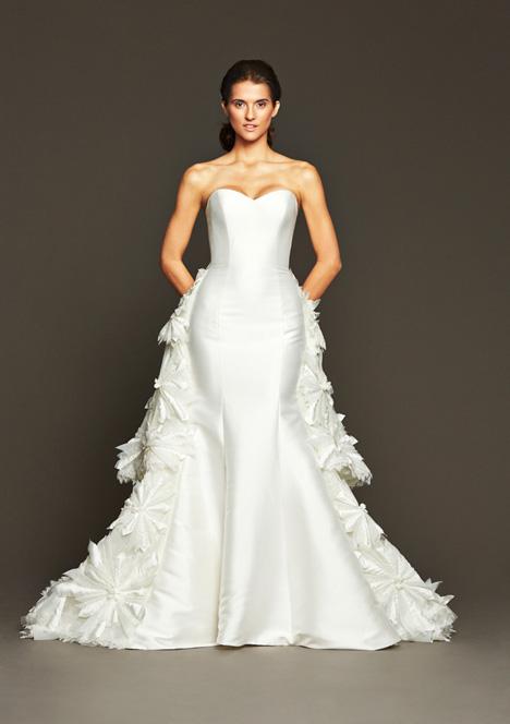 Hepburn gown from the 2015 Badgley Mischka Bride collection, as seen on dressfinder.ca