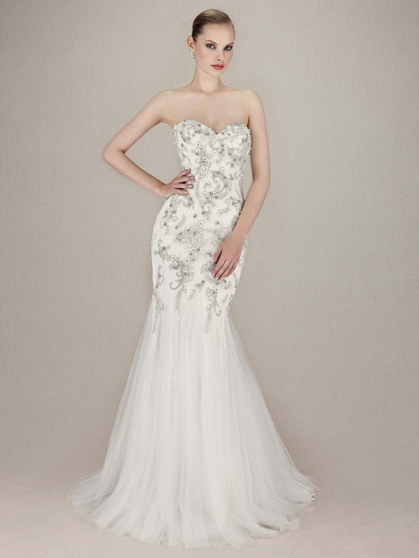 Kerianna gown from the 2016 Enzoani collection, as seen on dressfinder.ca