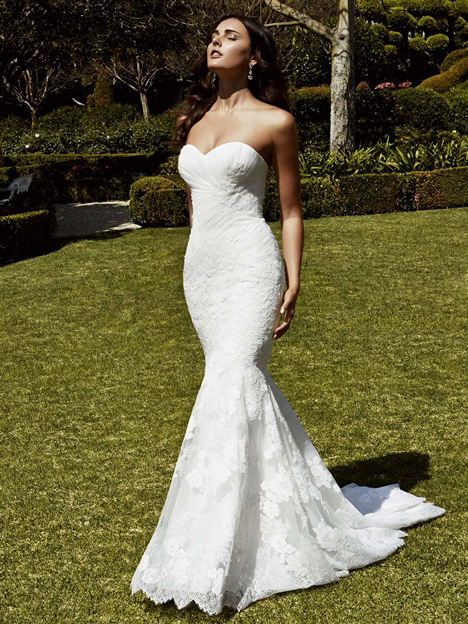 Iberia gown from the 2016 Blue by Enzoani collection, as seen on dressfinder.ca