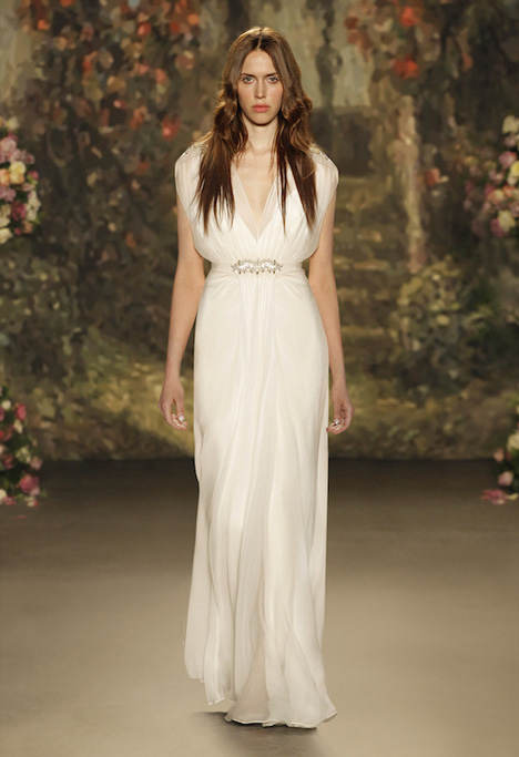 Aria gown from the 2016 Jenny Packham collection, as seen on dressfinder.ca