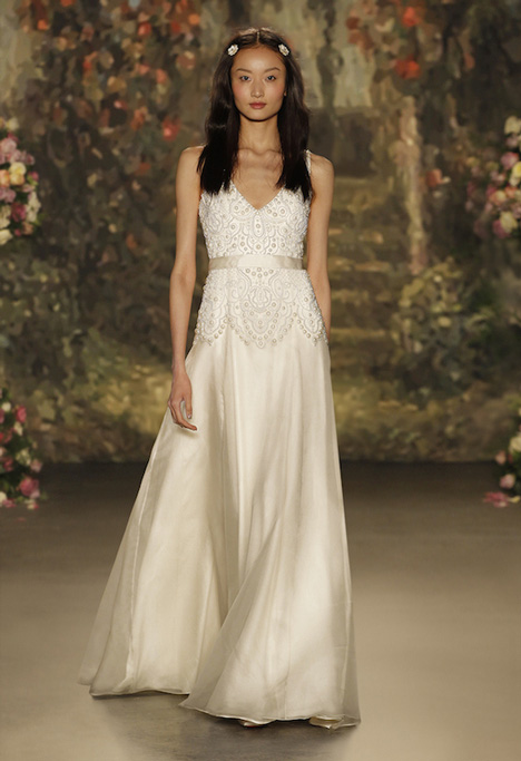 Constance gown from the 2016 Jenny Packham collection, as seen on dressfinder.ca
