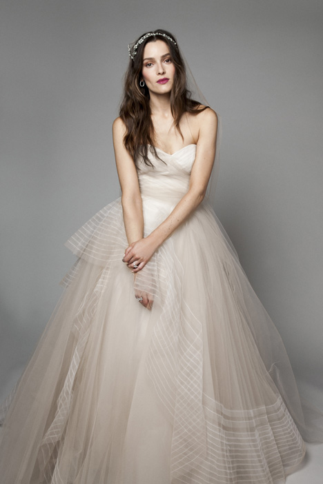15205 Wedding dress by Monique Lhuillier: Bliss