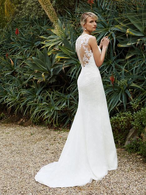 BT16-15 (2) Wedding                                          dress by Enzoani : Beautiful