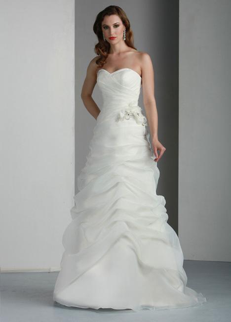 50008 Wedding                                          dress by DaVinci