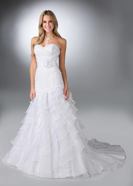 50082 Wedding dress by DaVinci