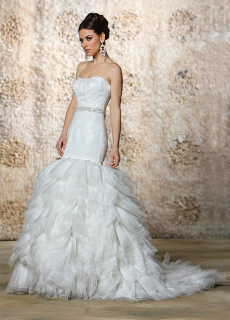 Sigourney gown from the 2015 Cristiano Lucci collection, as seen on dressfinder.ca