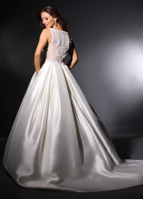 Marion gown from the 2015 Cristiano Lucci collection, as seen on dressfinder.ca
