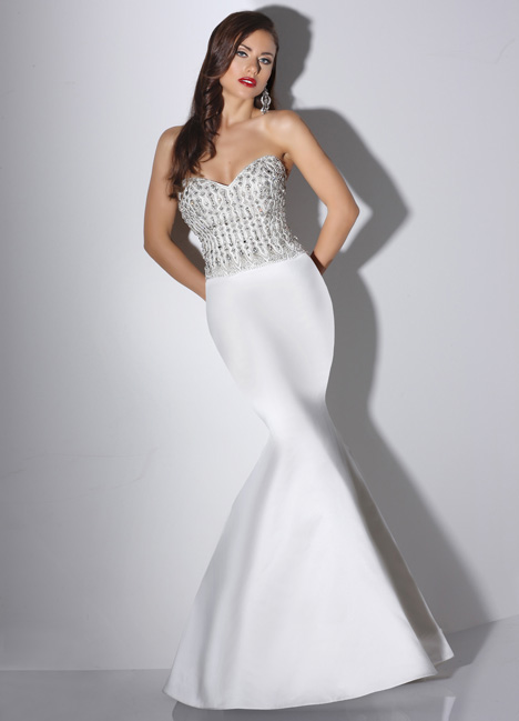 Loren gown from the 2014 Cristiano Lucci collection, as seen on dressfinder.ca