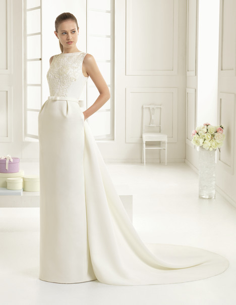 Elke Wedding                                          dress by Rosa Clara