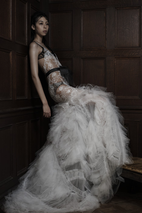 Esme gown from the 2016 Vera Wang collection, as seen on dressfinder.ca