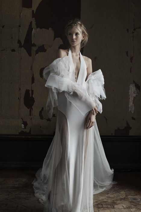 Elinora gown from the 2016 Vera Wang collection, as seen on dressfinder.ca