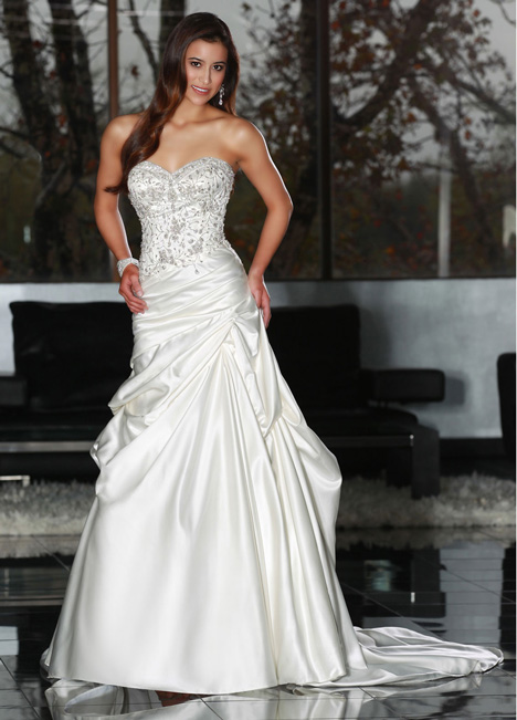 50217 Wedding                                          dress by DaVinci