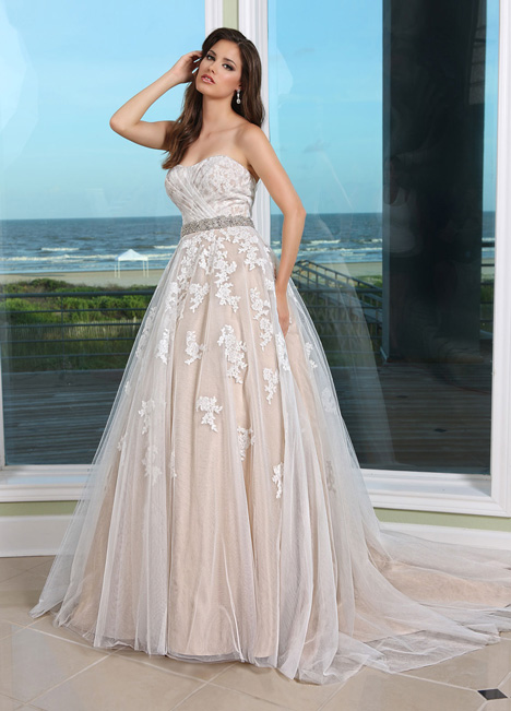 50231 Wedding                                          dress by DaVinci
