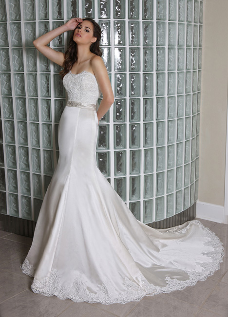 50232 Wedding                                          dress by DaVinci