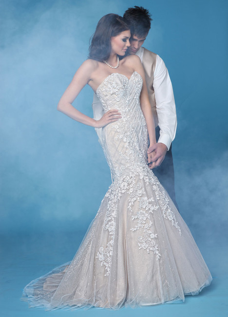 10269 Wedding                                          dress by Impression