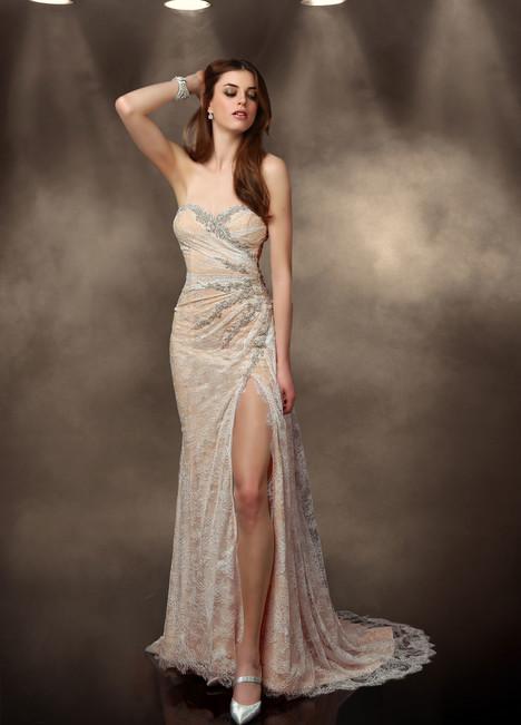 10200 Wedding                                          dress by Impression