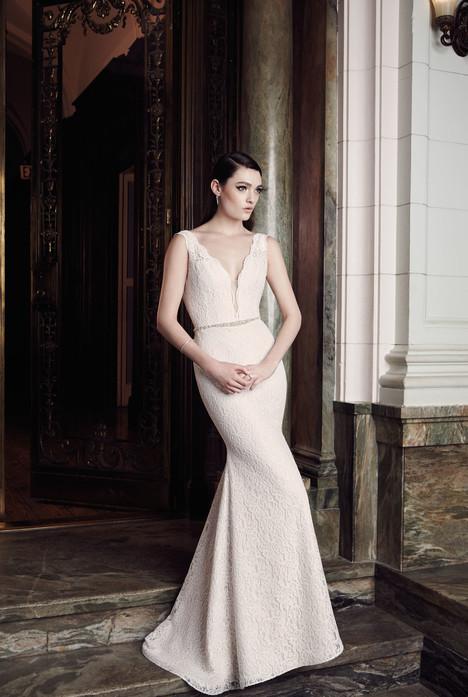2016 Wedding                                          dress by Mikaella