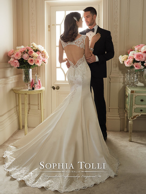 Rexana (Y11629) (2) gown from the 2016 Sophia Tolli collection, as seen on dressfinder.ca