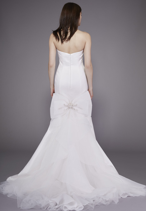 Jayne (2) Wedding                                          dress by Badgley Mischka Belle