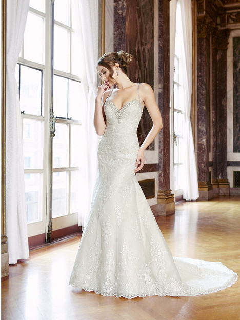 H1292 Wedding                                          dress by Moonlight : Couture