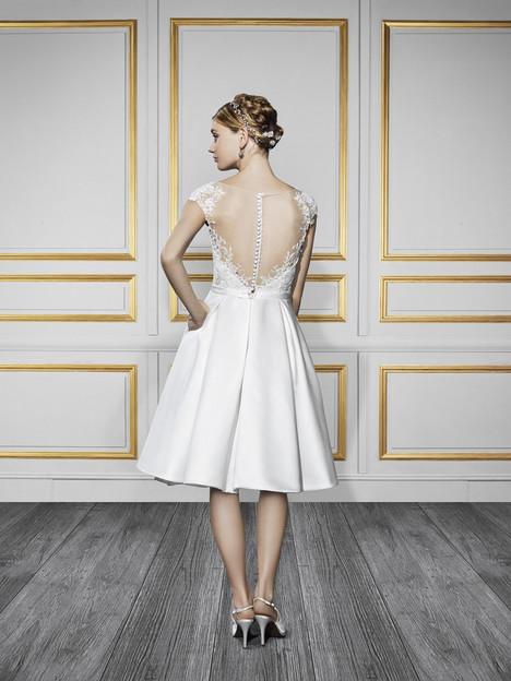 T721 (2) Wedding dress by Moonlight : Tango