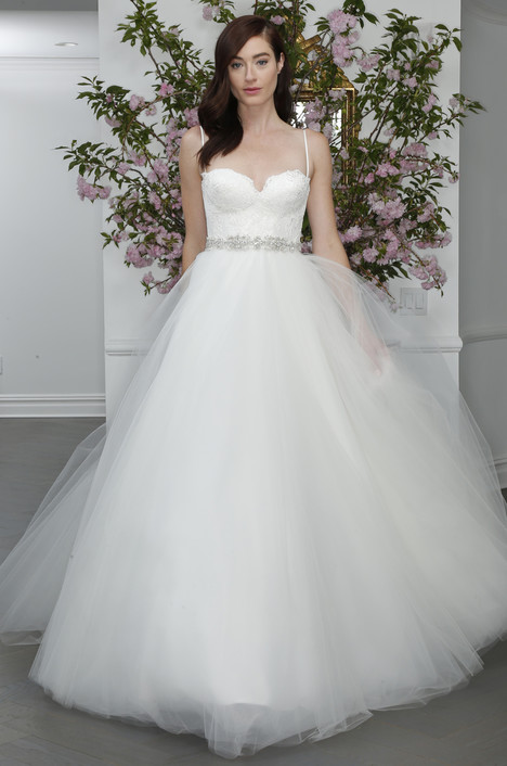 L6101 gown from the 2016 Legends Romona Keveza collection, as seen on dressfinder.ca