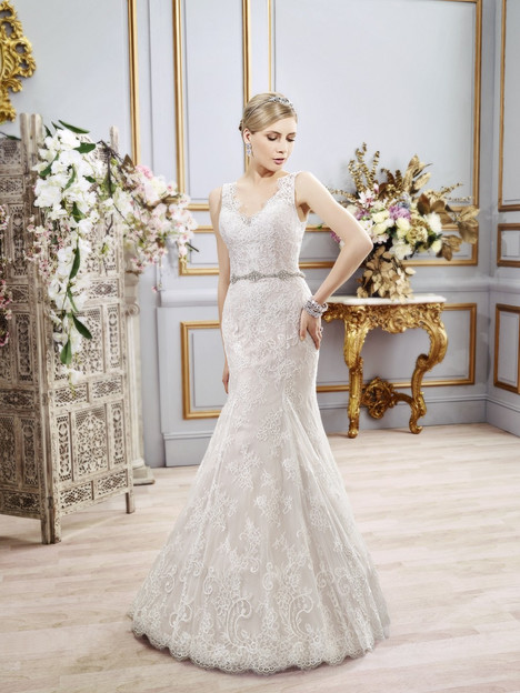 Georgia gown from the 2016 Val Stefani collection, as seen on dressfinder.ca