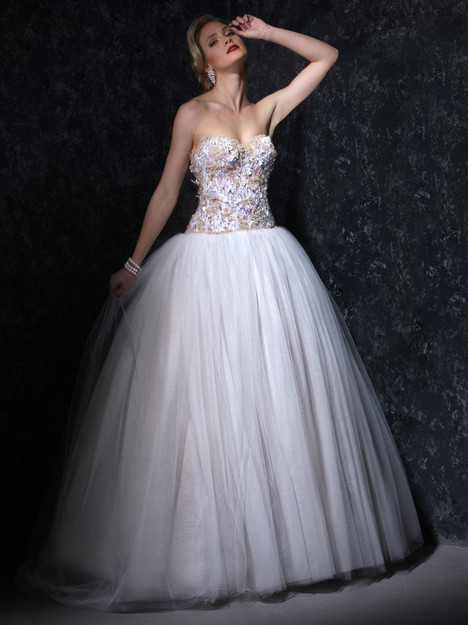 VHC321 Wedding                                          dress by Victor Harper : Couture
