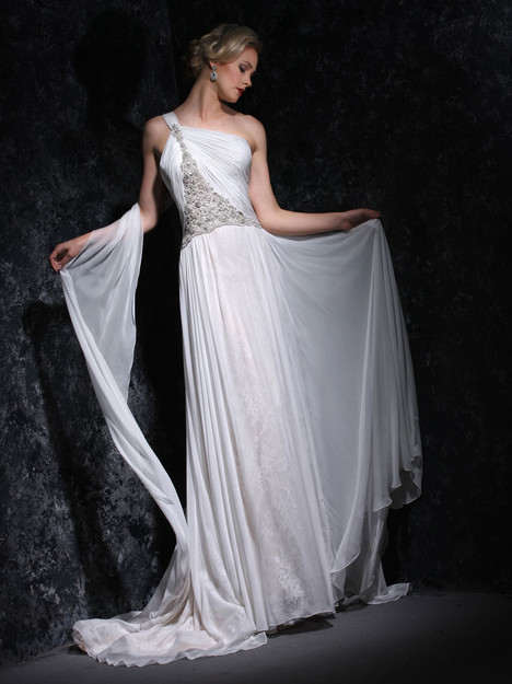 VHC331 Wedding                                          dress by Victor Harper : Couture