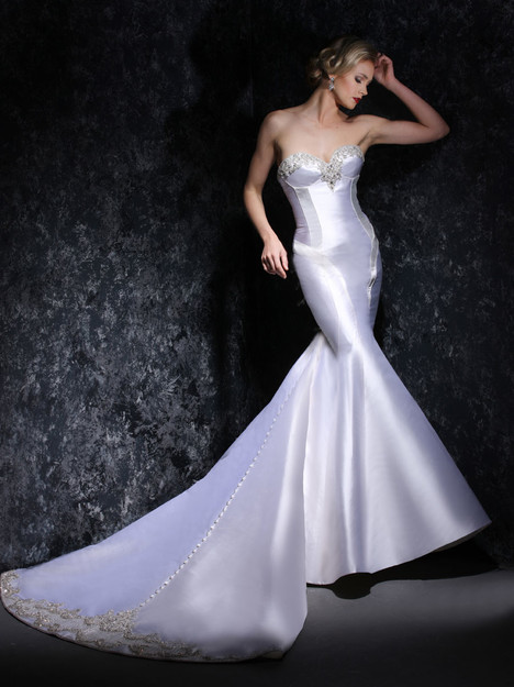 VHC333 Wedding                                          dress by Victor Harper : Couture