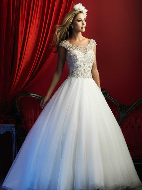 C370 Wedding                                          dress by Allure Bridals : Allure Couture